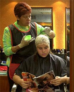 Salvada por su peluquera