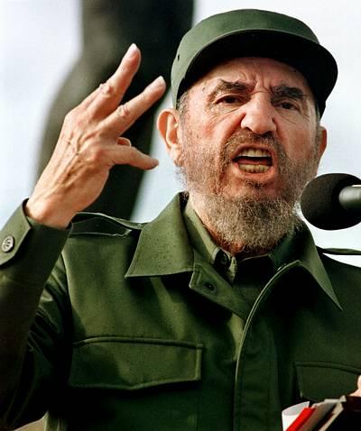 Fidel Castro renuncia a la presidencia de Cuba